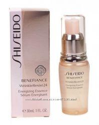 Эссенция для лица Shiseido Benefiance WrinkleResist24 Energizing Essence