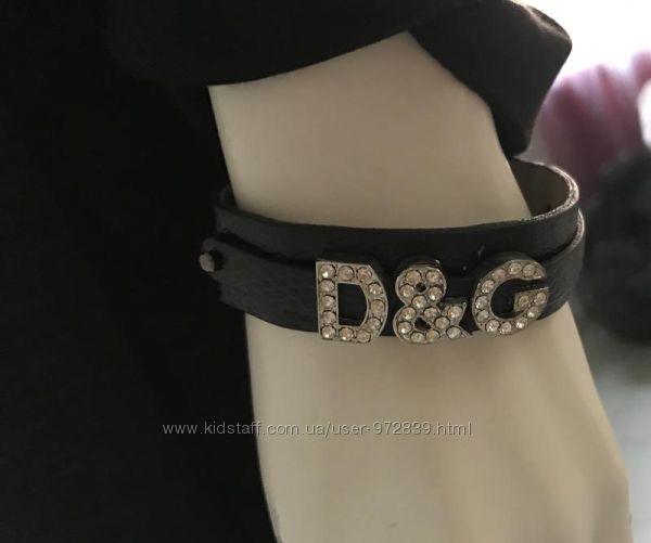 Кожаный браслет с кристаллами D & G