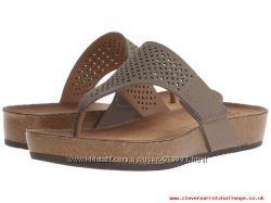 Новые сандали clarks размер 39. 5, 25. 5см. Цвет серый.
