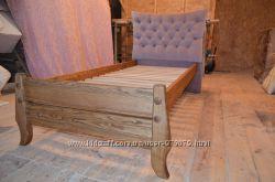 Кровати из масива ясена с мягким изголовьем