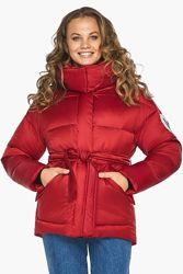 Зимняя короткая женская куртка