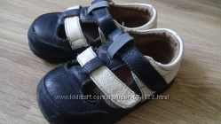 Сандалики босоножки туфли оригинал LITTLE BLUE LAMB, 15см. стелька