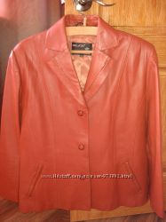 Продам пиджак-куртку из натуральной кожи на женщину