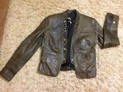 Продам куртка кожа Gil Santucci
