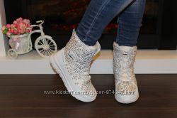 Ботинки зимние женские белые высокие С610