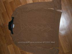 Фирменная кофта - свитер, вязка косичка, состояние нового
