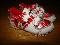 Кроссовки с Минни Disney Minnie р. 7 на 24 15, 3 см по стельке