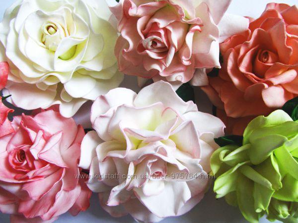 Шпильки та заколки з трояндами. прикраси для волосся
