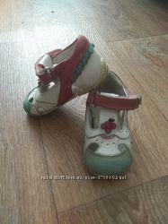 Сандалики , босоніжки для дівчинки Perlina ортопедичні.