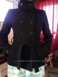 Стильное пальтишко на осень, не дорого