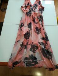 Шикарное платье Rinascimento Италия в пол Новая коллекция Будь модной