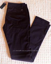 Прямые брюки AMY GEE с легким отливом