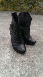 Кожаные ботинки 37 размер