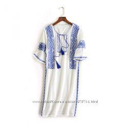 Роскошное платье с вышивкой