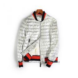 куртка серебристая демисезонная очень модная