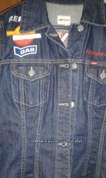 джинсовая куртка в стиле рок, байкер