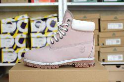 Зимние ботинки розовые и голубые