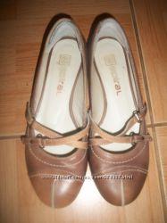 Шкіряні туфлі 36 р.