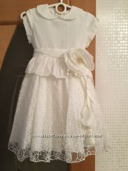 Продам очень красивое и нарядное платье с шапочкой