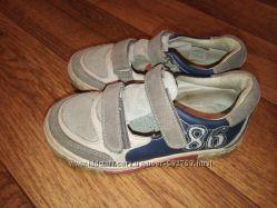 Туфли для мальчика открытые