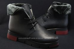 Женские кожаные ботинки на натуральном меху