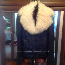 Утепленная кожаная куртка S