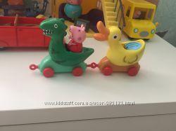 Peppa Pig. Аттракционы-вагончики в парке развлечений. Свинка Пеппа.