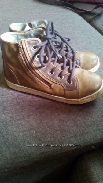 Демисезонные ботиночки Next 12 размер стелька 19 см  наш 30 р