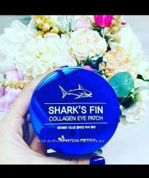 Patch fetch shark&acutes fin collagen eye patch