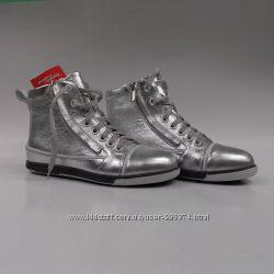 Кожаные ботиночки для девочки S-9d.