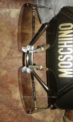 Оригинальные очки Moschino. Италия. Для автоледи.