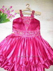 Нарядное платье на выпускной р. 4-6 лет
