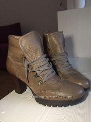 Новые ботинки произв. Испания