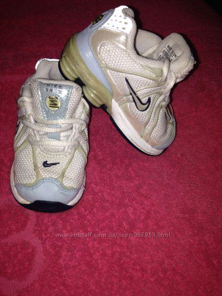 Кроссовки Nike 10, 5см 19р на годик