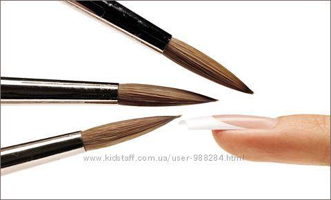 Кисти для ногтей - много, разные по цене, видам и фирмам, а также в наборах