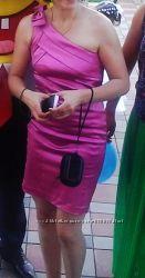 элегантное платье из итальянского атласа