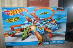 Хот Вилс Criss Cross Crash Track Set