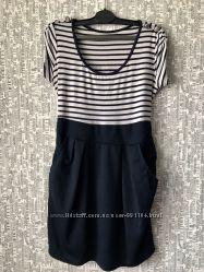 Платье фирменное итальянское. Размер М-Л Цена