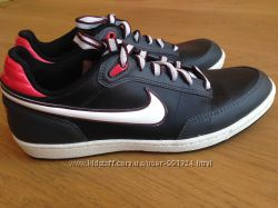Кроссовки Nike р. 39 сост нов