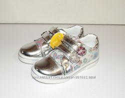Туфли кроссовки для девочек Clibee серебряные 26 р