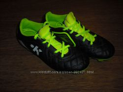 Детские футбольные бутсы Nike Mercurial р. 32 и бутсы Kipsta р. 30