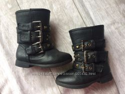 Демисезонные сапоги ботинки для девочки 23 размер  бренд Mothercare