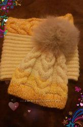 Детский желтый комплект шапка и  снуд с объёмными косами