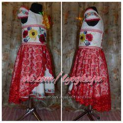 Платье в украинском стиле с вышивкой
