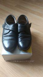 Кожаные туфли школьнику