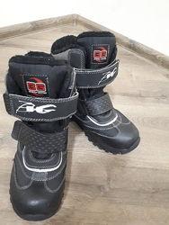 Продам зимние ботинка ВG