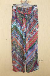 Легкие штаны-капри Zara девочке 10-13 лет.
