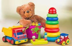 Приму в дар игрушки и одежду
