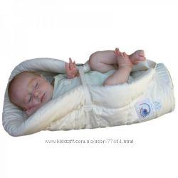 ERGObaby вставка для новорожденных- в наличии