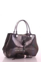 Кожаные стильные  сумочки в наличии